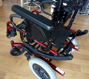 silla de ruedas reclinable para sedestación