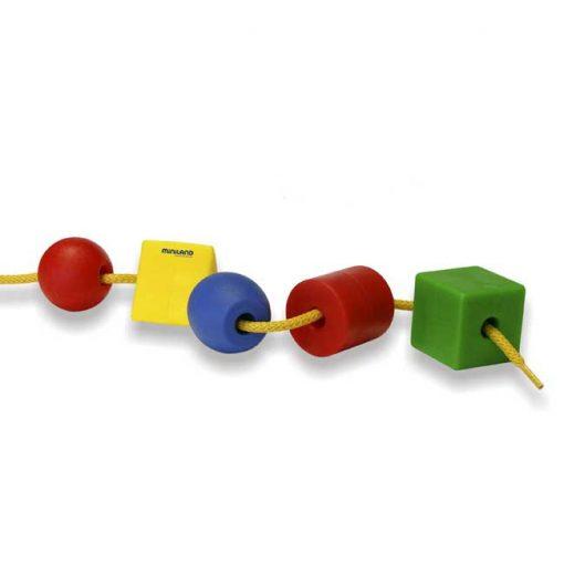 Formas ensartables 25mm 100 piezas 10 cordones - motricidad
