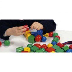 Formas ensartables 25mm 100 piezas 10 cordones - juego
