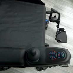Silla de ruedas Eléctrica Q200R - Vista superior VR2
