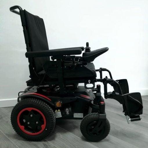 Silla de ruedas Eléctrica Q200R - Roja Lateral