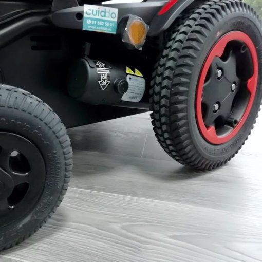 Silla de ruedas Eléctrica Q200R - Roja ruedas