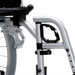 Silla de ruedas de Acero S-Eco 300 - Detalle anclaje reposapies